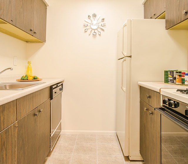 Fox Meadow Apartments For Rent In Maple Shade, NJ $250 Rewards